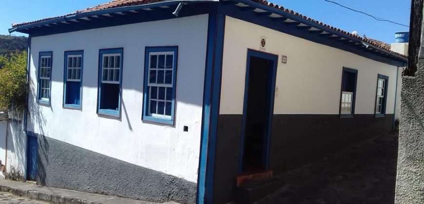 COD: 001 – Casa no Centro