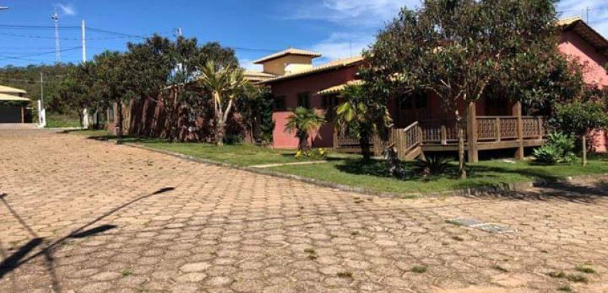 COD: 025- Casa no Condomínio Vila do Imperador- Guinda