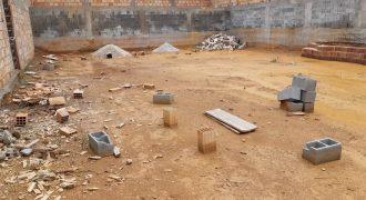 COD: 025- Lote de esquina totalmente murado à Venda Jardim Imperial III