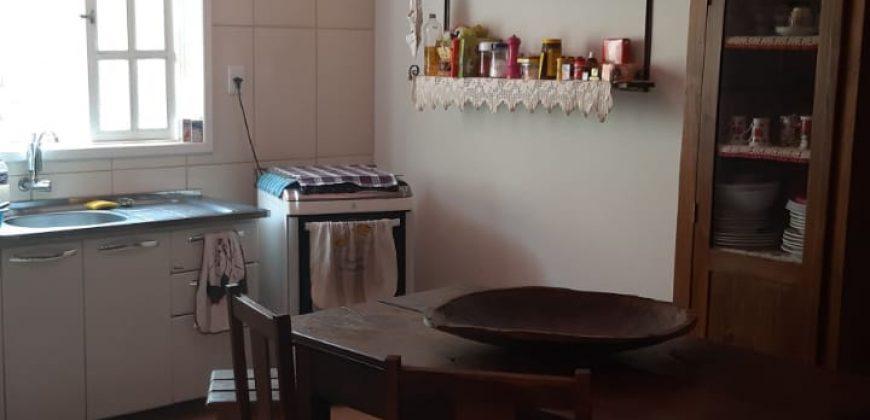 COD: 015 – Casa à Venda no Condomínio Diamante