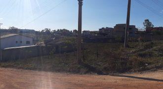 COD: 030 – Lote de Esquina à Venda no Bairro Campo Belo