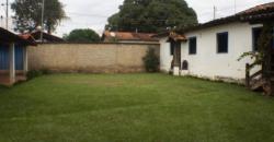 COD: 037- Lindo Casarão à Venda no Mendanha
